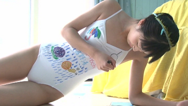 着ているレオタードにU15JCジュニアアイドル高野渚ちゃん