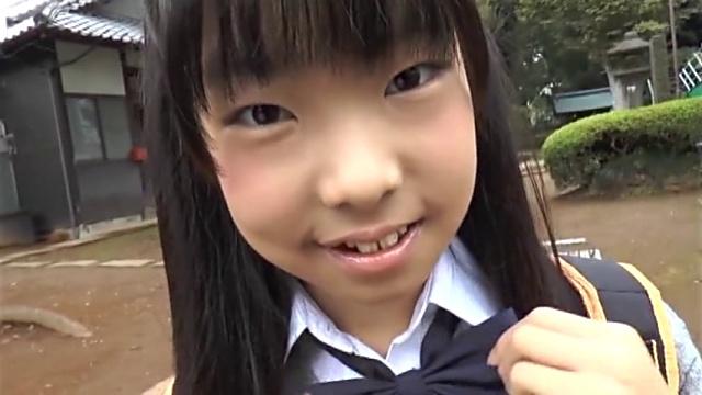 笑顔のU12JSジュニアアイドル小林桃華ちゃん