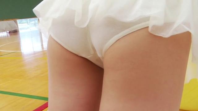 レオタード姿のU12JSジュニアアイドル佐々木桃華ちゃんのお尻