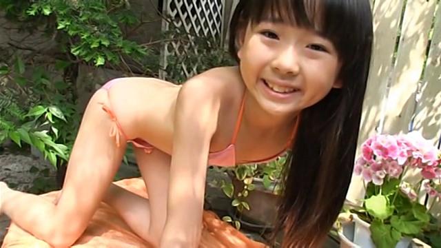 U12 JSジュニアアイドル 雨宮鈴実ちゃんの「鈴実のるんるんるん」をレビュー